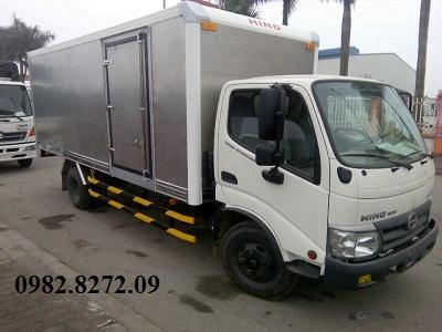 Giá xe tải hino 5 tấn XZU342 thùng kín
