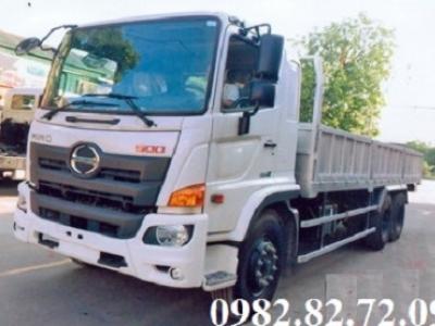 Giá xe tải Hino 3 chân 15 tấn thùng lửng dài 9,4m