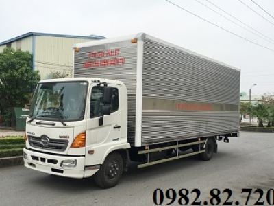Giá xe tải Hino 5 tấn thùng cao chở Pallet 7,3m