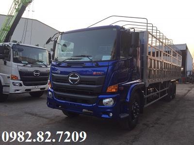 Giá xe tải hino 3 chân 15 tấn thùng bạt 9,4m